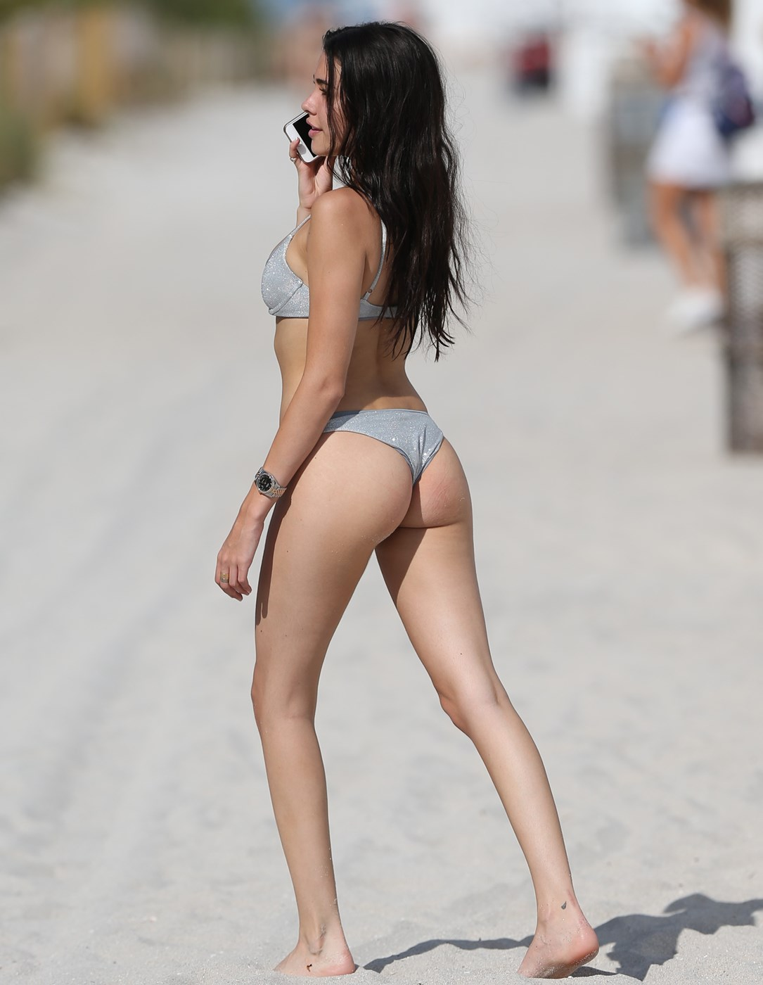 Madison Beer nude leaked photos uncensored. Gallery - 2