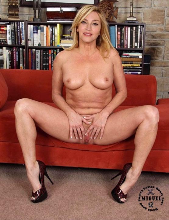 Madonna Nude. Photo - 100