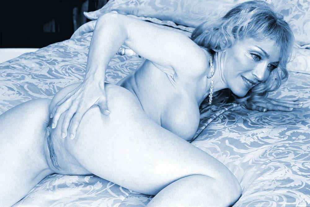 Madonna Nude. Photo - 60