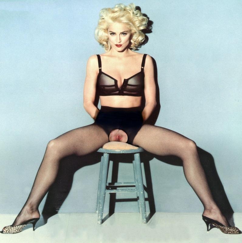 Madonna Nude. Photo - 74
