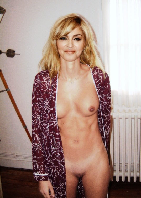 Madonna Nude. Photo - 89