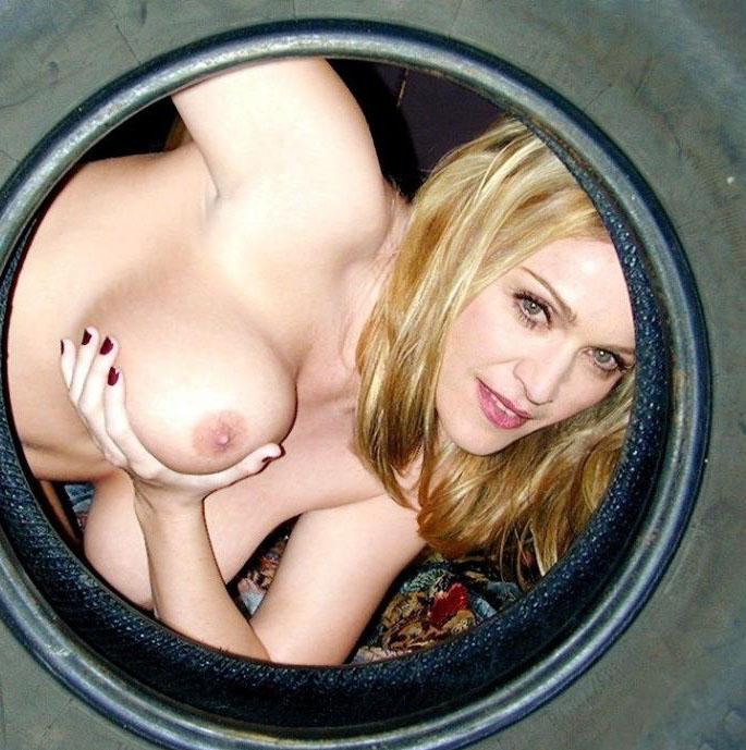 Madonna Nude. Photo - 95