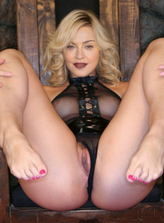 Madonna Nude. Photo - 96
