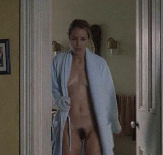 Maria Bello Nude. Photo - 12