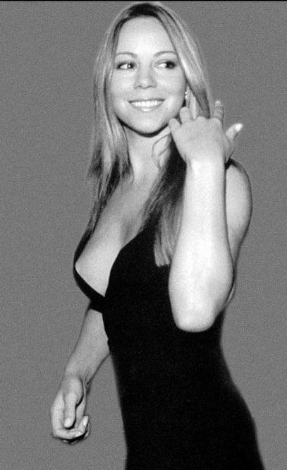 Mariah Carey Nago. Zdjęcie - 17