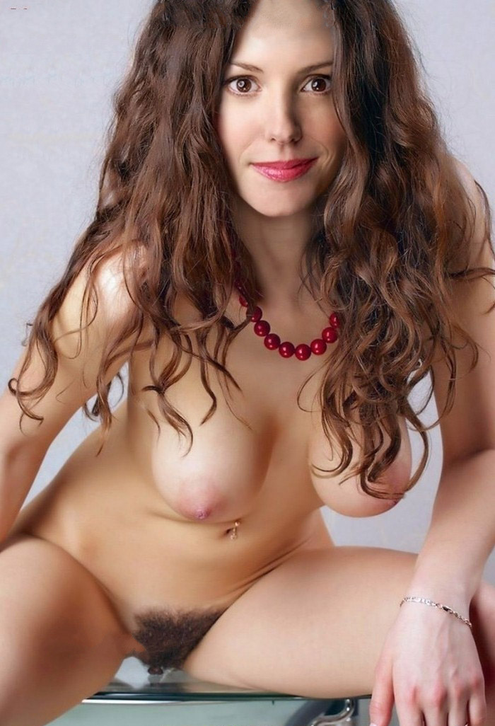 Mary-Louise Parker Nude. Photo - 25