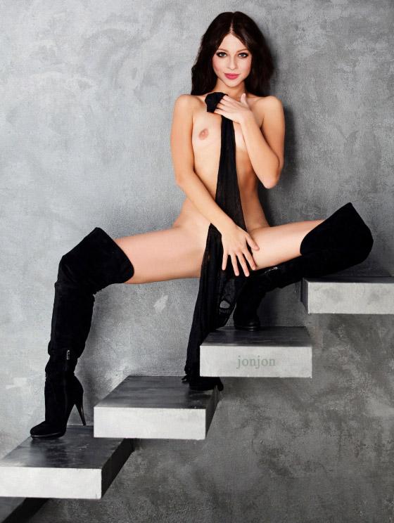 Michelle Trachtenberg Nago. Zdjęcie - 374