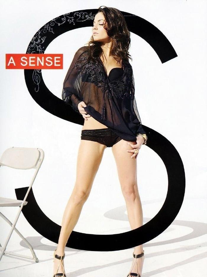 Mila Kunis Nude. Photo - 50