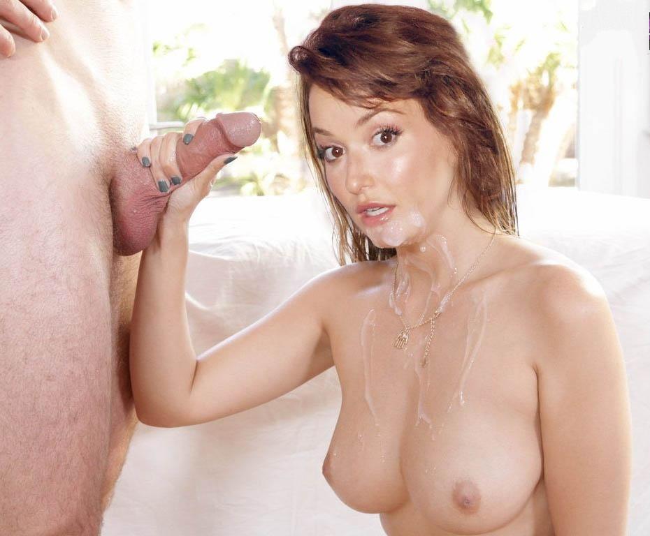 Milana Vayntrub Nude. Photo - 20