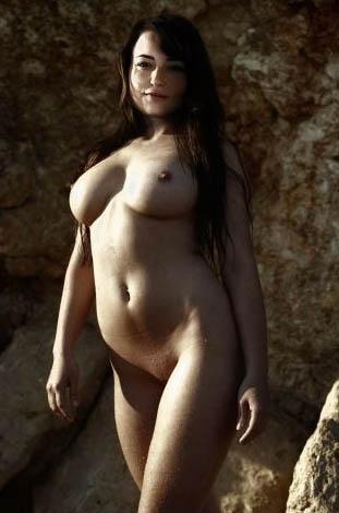 Milana Vayntrub Nude. Photo - 23