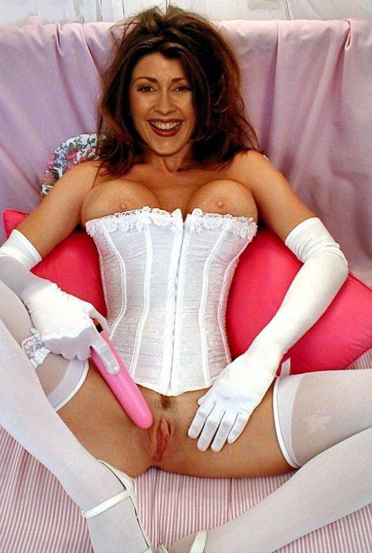 Patricia Heaton Nude. Photo - 5