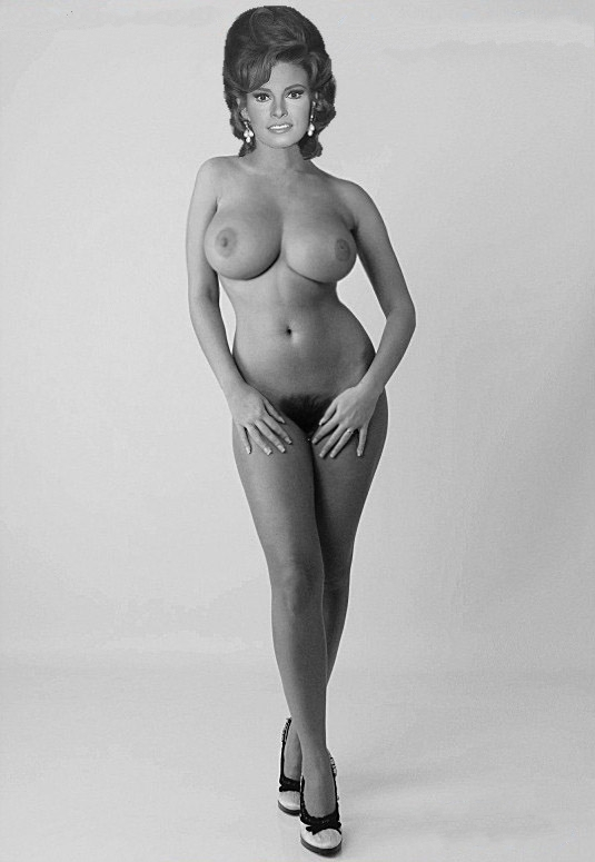 Raquel Welch Nude. Photo - 14