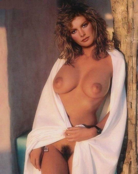 Rene Russo Nude. Photo - 11