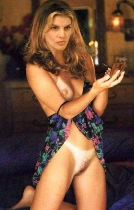 Rene Russo Nude. Photo - 12
