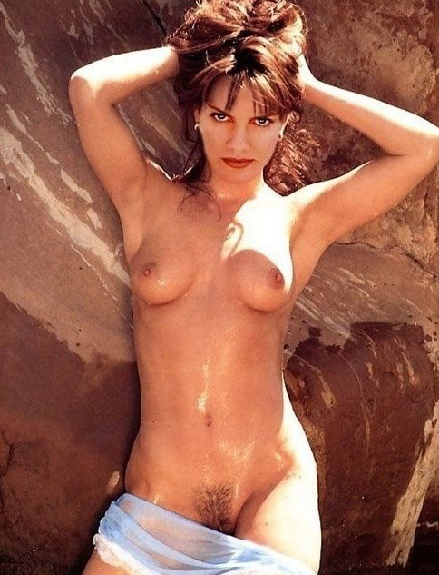 Rene Russo Nude. Photo - 5