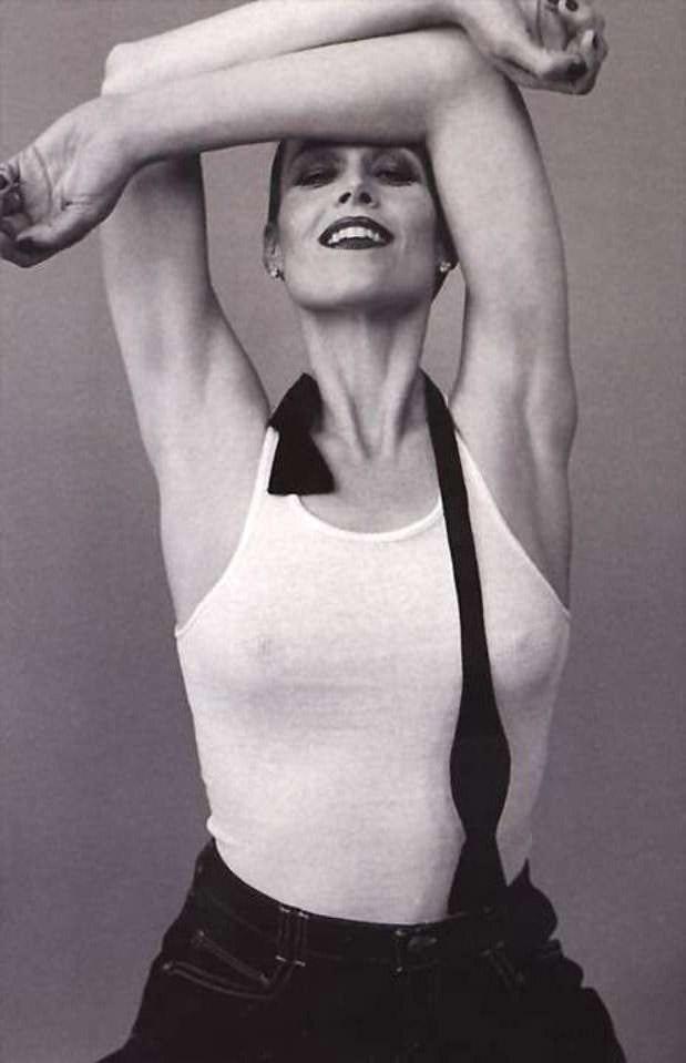 Sigourney Weaver Nude. Photo - 1
