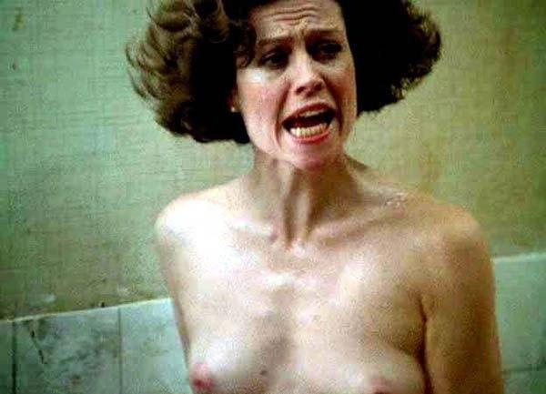 Sigourney Weaver Nude. Photo - 11