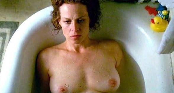 Sigourney Weaver Nude. Photo - 13