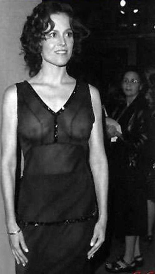 Sigourney Weaver Nude. Photo - 3