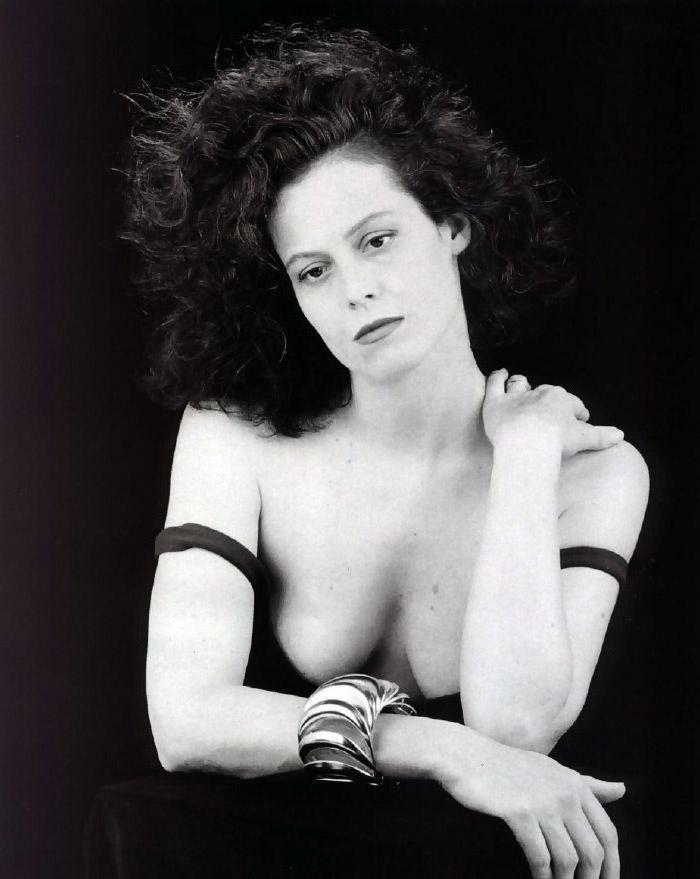 Sigourney Weaver Nude. Photo - 8