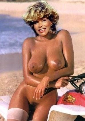 Tina Turner Nackt. Foto - 2