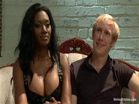 Черная госпожа против белого бисексуального раба.