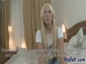Русская блондинка трахается в сфинктер на кастинге.